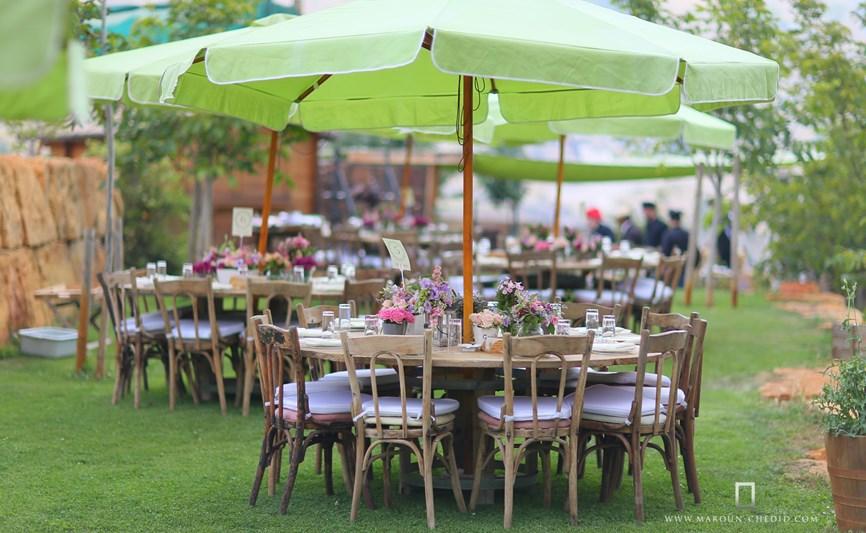 A glimpse of a wedding setup